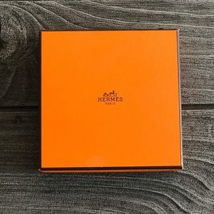 Hermes Authentic Iconic Gift Box Bracelet Fit